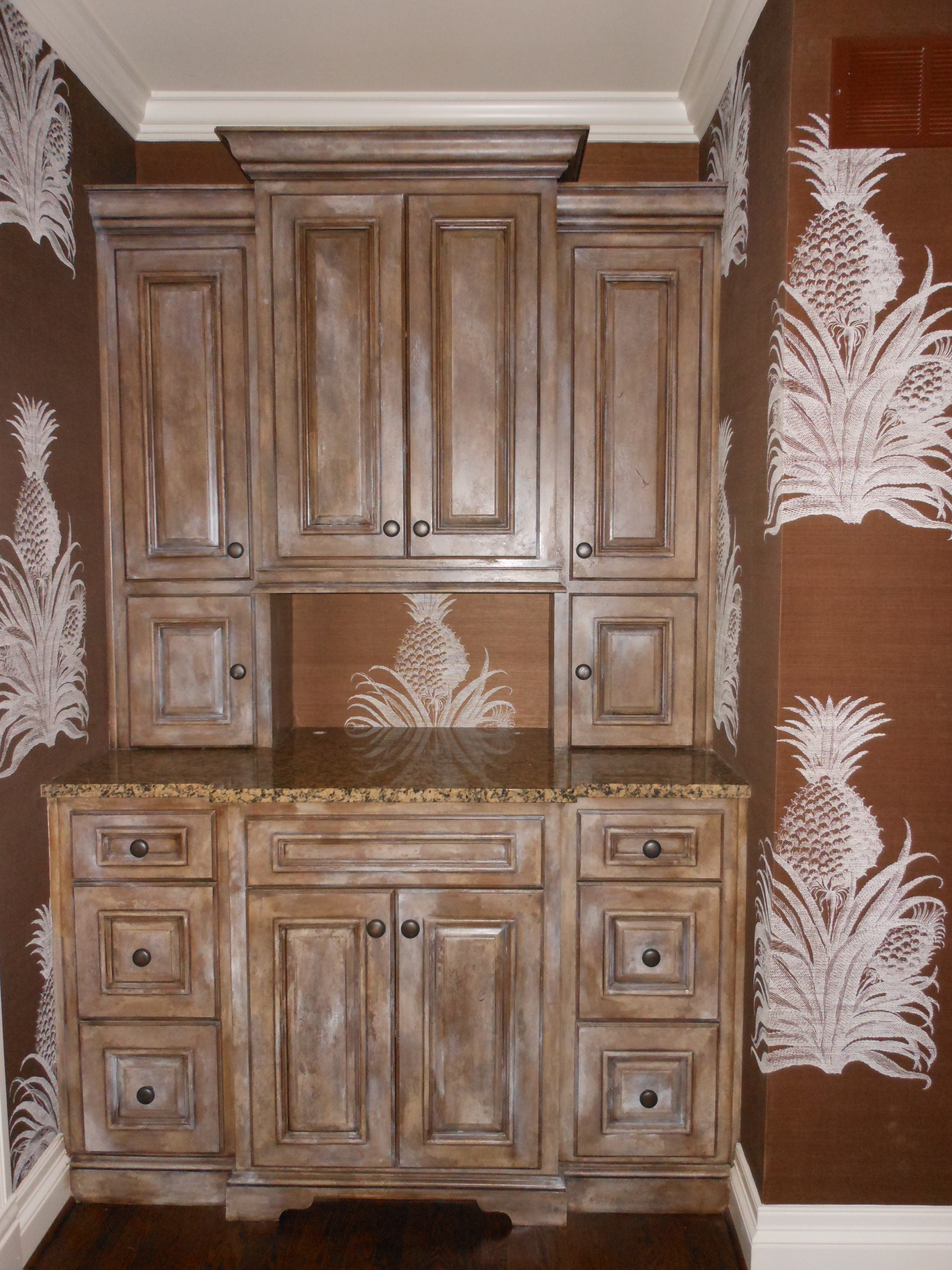 crackle pull off cabinet