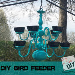 http://divaofdiy.com/wp-content/uploads/2014/12/Chandelier-Bird-Feeder-Pin.jpg