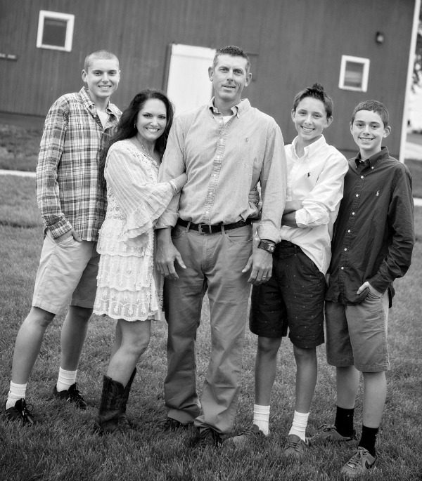 Lee family crop BW resized