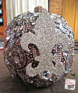 Who doesn't love a no carve pumpkin, especially when it's all blinged out! Decorating this foam pumpkin is so fun! Make your own Liberace pumpkin this year!