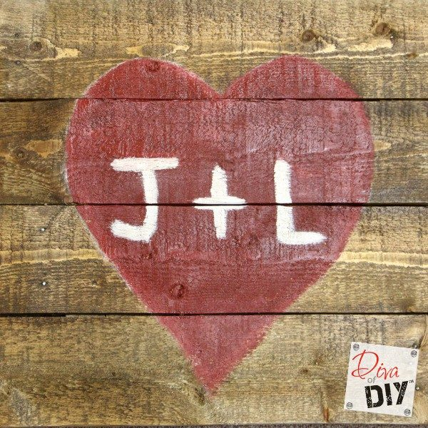 Show your love with a pallet wood sign! If you're looking for a reclaimed barn wood look this sign is perfect! Great as a Valentine's Day gift or wall decor