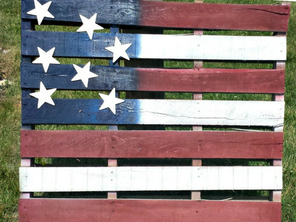 diy pallet ideas: How to make an american flag