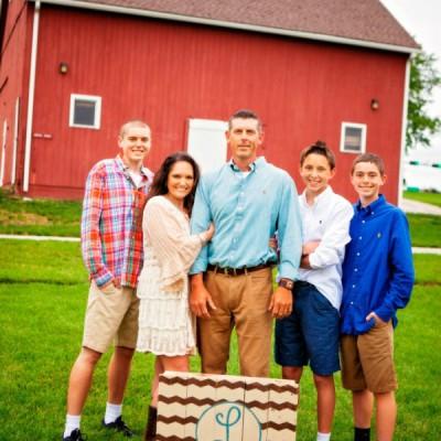 DIY Family Photo Prop