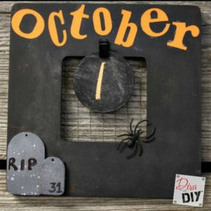 Halloween Decorations: How to Make an Easy Countdown Calendar
