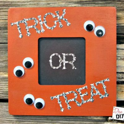 Easy DIY Halloween Decoration: How to Make a Fun Frame