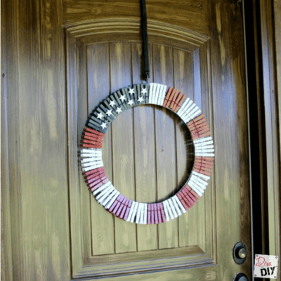 American Flag Clothes Pin Wreath: Quick and Easy Tutorial