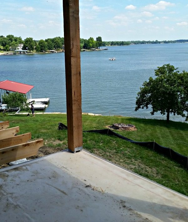 Get the unobtrusive view you are looking for with Feeney CableRail. The best DIY wire deck rail with a sleek modern industrial look for your Lake House!