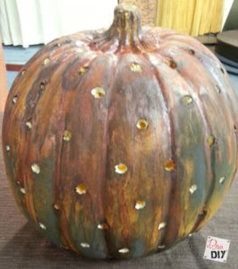 Rustic Pumpkin Decor: An Easy Way to Rust Pumpkins