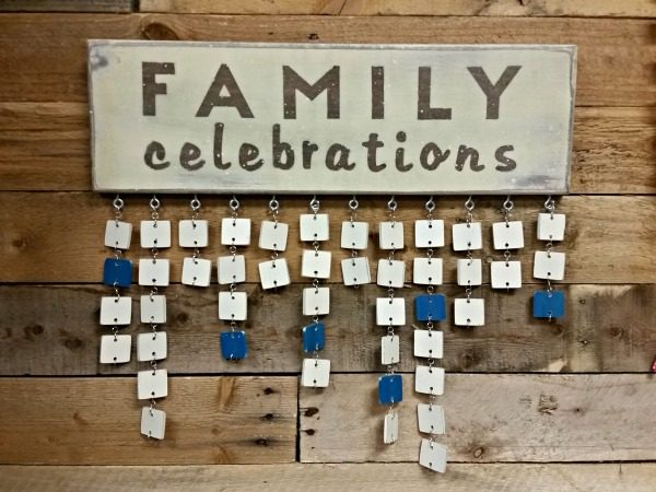 Never miss an important date again! Family Celebrations Calendar makes the perfect DIY Christmas gift, wedding gift, birthday gift, any celebration!