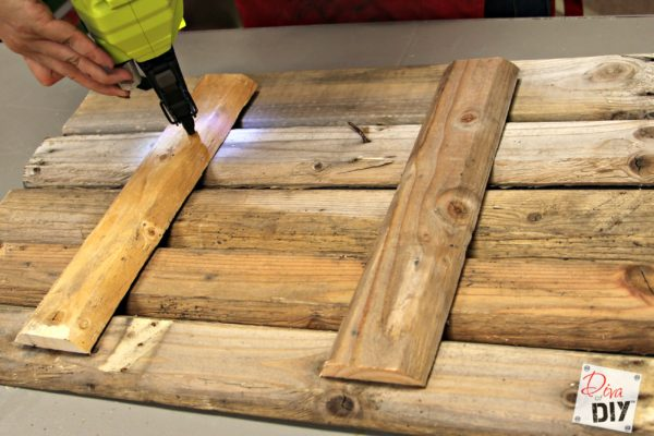 How to make a reclaimed wood state sign diva of diy for Reclaimed wood oregon