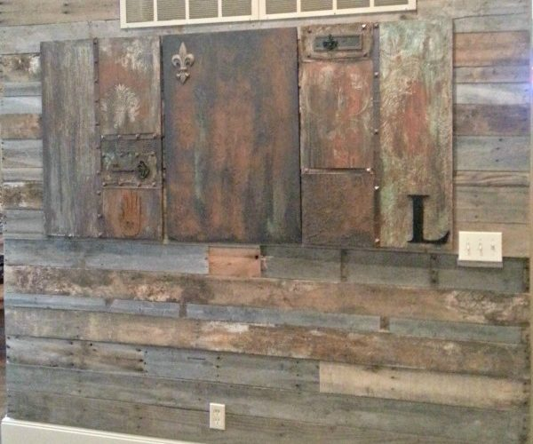 How To Create a Pallet Wall The Easy Way