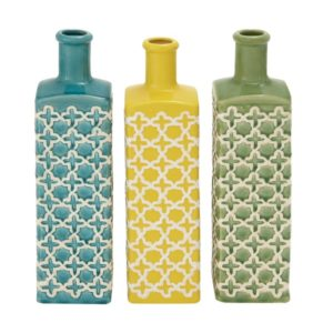 These vases will add the perfect punch of color for your farmhouse table