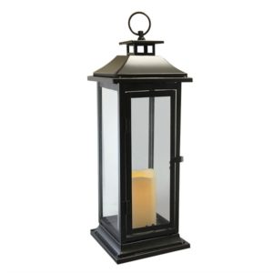 These large outdoor lanterns are perfect for your outdoor patio