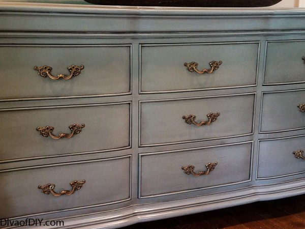 furniture makeover- how to update a dresser with paint
