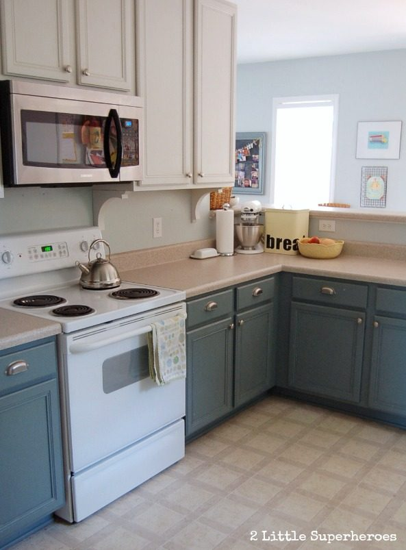 Painting Kitchen Cabinets - Two Toned Kitchen Cabinets